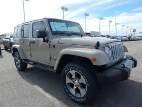 New 2018 Jeep Wrangler Unlimited Sahara 4WD