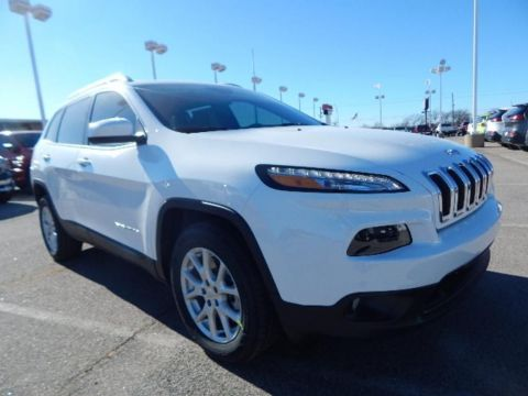 New 2018 Jeep Cherokee Latitude Plus FWD 4D Sport Utility