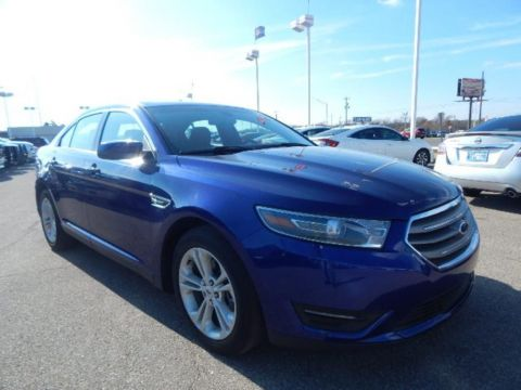 Pre-Owned 2015 Ford Taurus SEL FWD 4D Sedan