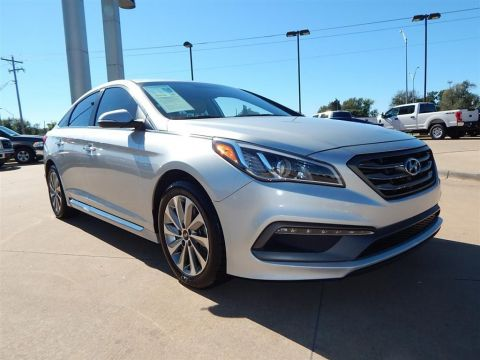 Pre-Owned 2015 Hyundai Sonata  FWD 4D Sedan