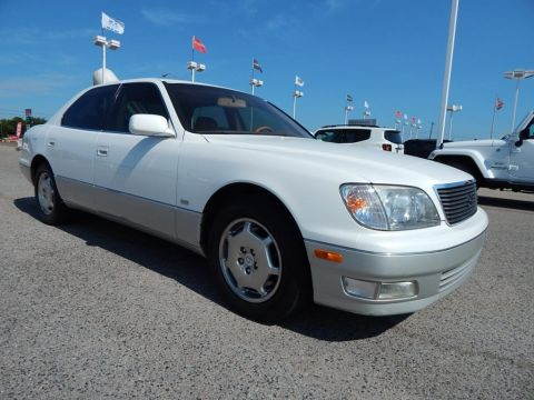 Pre-Owned 2000 Lexus LS 400 RWD 4D Sedan