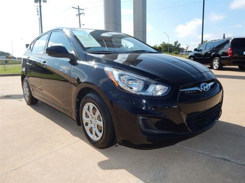 Pre-Owned 2013 Hyundai Accent GS FWD 4D Hatchback