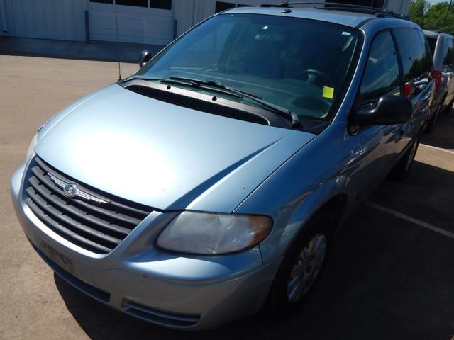 Used Chrysler Town & Country SWB 4dr