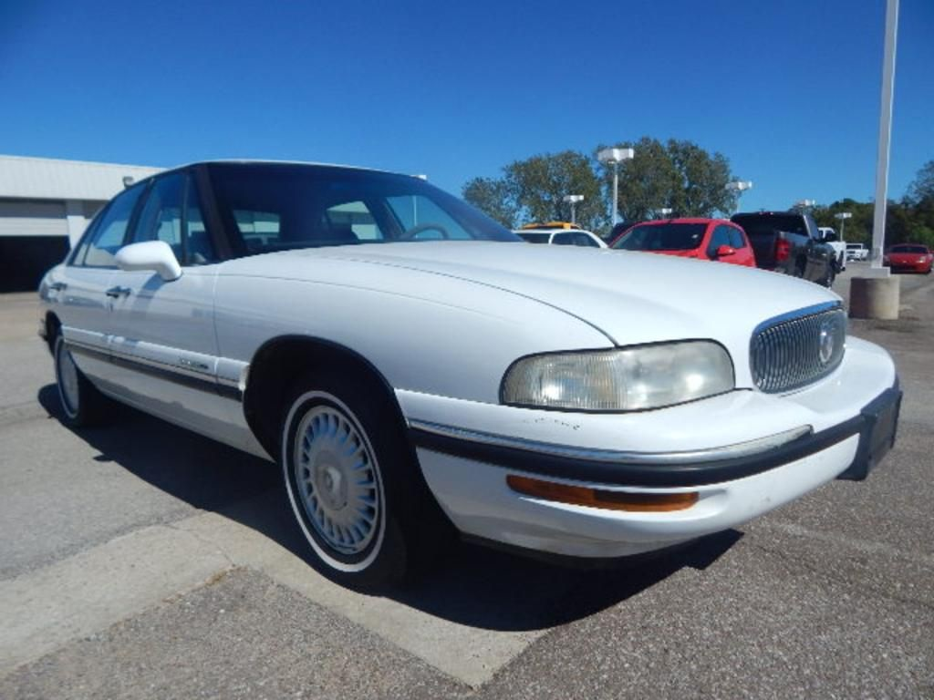Pre-Owned 1999 Buick LeSabre Custom