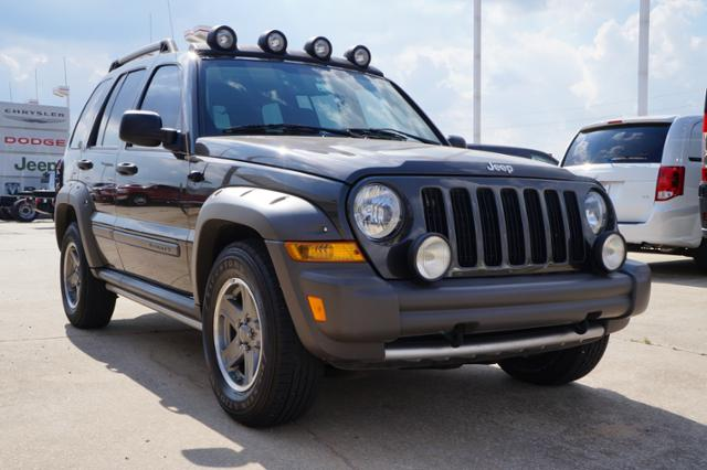 Used Jeep Liberty 4dr Renegade 4WD